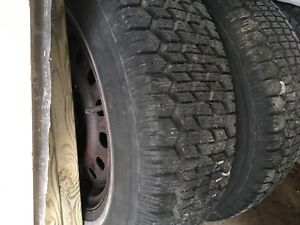 New condition snow tires 185-75-r14
