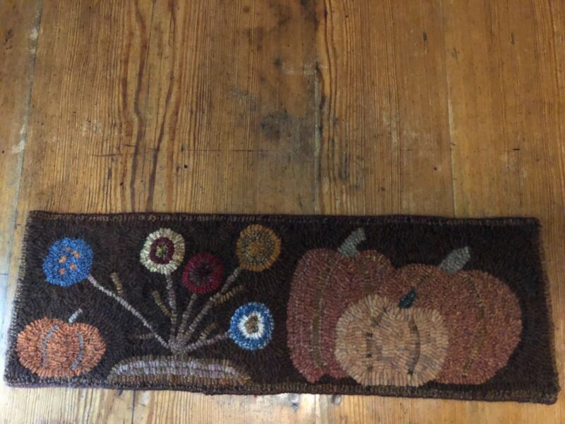 Primitive Hand Hooked Table Runner Pumpkins and Lollipop Flowers