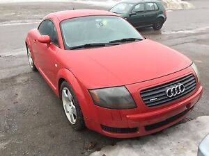 Audi TT 2001 Quattro 6 speeds manual.