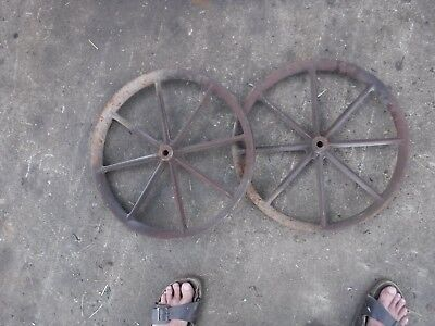 Vintage Set 2 Steampunk Cast Iron Pulley Or Belt Wheels Nice Clean Condition