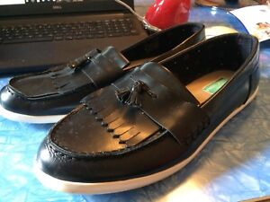 Men's Fred Perry Tassled Loafers, Sz US 10.5, Black w White Sole