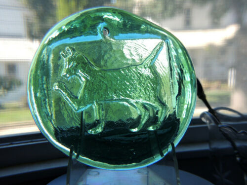Blenko Art Glass Pressed Glass Green Cat Suncatcher