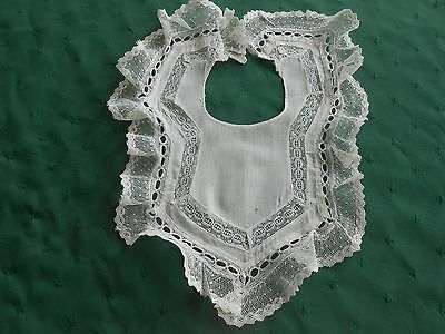BABY BIB WITH FABULOUS EMBROIDERED NET LACE TRIM, CIRCA 1920
