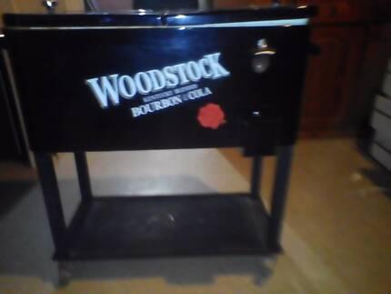 Woodstock trolley esky
