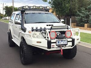 TOYOTA HILUX 4X4 TURBO DIESEL LOTS OF EXTRAS Newport Hobsons Bay Area Preview