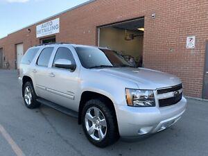 2010 TAHOE 4x4 Loaded 2nd row Captain chairs