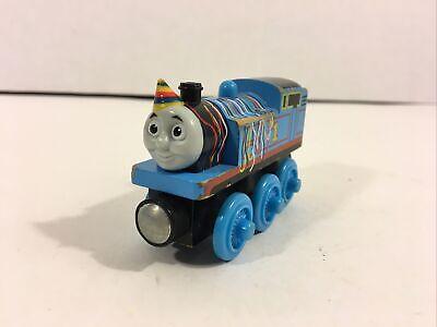 Thomas & Friends Wooden Railway BIRTHDAY THOMAS Fisher-Price