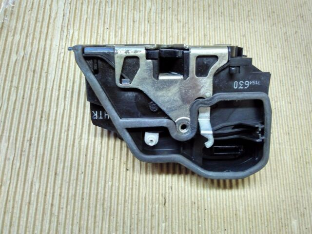 BMW X3 E83  REAR RIGHT  DOOR LOCK CATCH MECHANISM 7154630