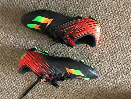 adidas Messi build soccer shoes+ three pairs of shoes