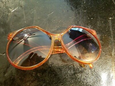70s Vintage Foster Grant Sunglasses : USA Hippie Avant Garde Retro Bug Eye
