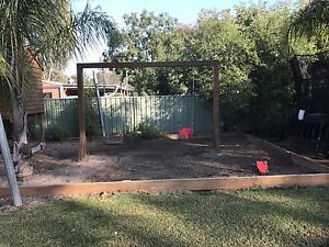 Cubby house & swing set Echuca Campaspe Area Preview