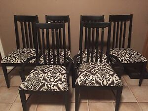 6 solid wood chairs from broyhill