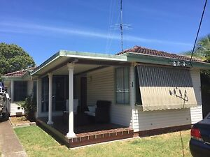 Free house- house ONLY Warners Bay Lake Macquarie Area Preview