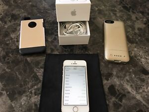 iPhone 5s Gold  16G.  Unlocked