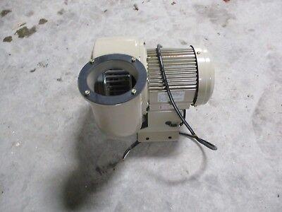 SHOWA ELECTRIC BLOWER TYPE:SF-100-132B-R2F3 OUTPUT:0.4KW2P #1112230C *NIB