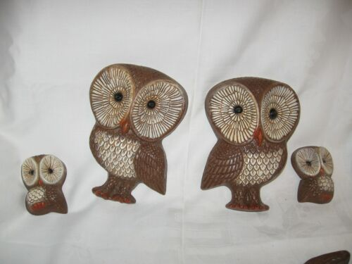 family of 4 vintage hard plastic owl wall plaques hangings