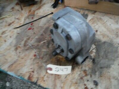 Ih Farmall 706-1466 Tractor Hitch Pump Part 70931c91 247