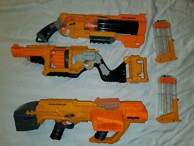 Nerf guns lot with guns x3 with x2 mags - Nerf Doomlands