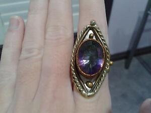 Unique Vintage Ring Casino Richmond Valley Preview