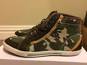 Military colours Camouflage Sneakers