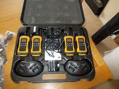 Motorola TLKR T80 Extreme Walkie Talkies- Quad Pack. + spare batteries