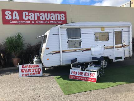 EMPIRE 17' CARAVAN with SHOWER / TOILET