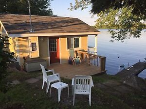 WATERFRONT TINY HOME/COTTAGE
