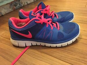 Nike sneakers 5 Youth