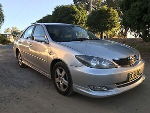 Toyota Camry 2003 sportivo Automatic  lovely car 2.4ltr Young Young Area Preview