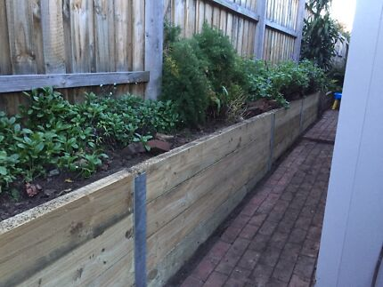 Retaining Walls And Garden Bed Services