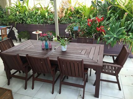 Timber Nallabor 9 Piece Outdoor Setting