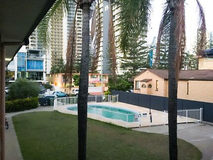 A spacious unit in the heart of Surfers Paradise with a pool!!