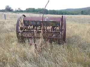 Vintage seeder Bundarra Uralla Area Preview