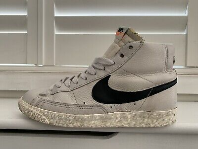 Nike - Blazer Vintage - Size 8