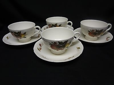 Wedgwood English China - Drury Lane - Set of 4 Cups and Saucers