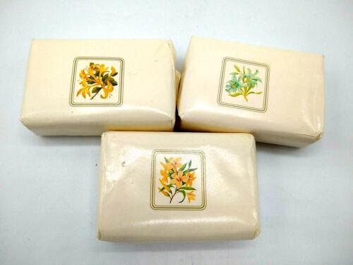 Vintage Mixed Scents Avon Bar Soap Wild Jasmine Honeysuckle Hawaiian White Gnger