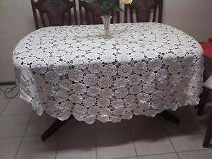 "Large crochet  tablecloth 80"" round G2 Campbelltown Campbelltown Area Preview"