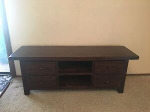Low line TV unit East Kurrajong Hawkesbury Area Preview
