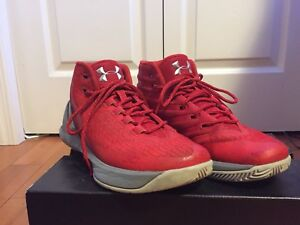 CURRY 3 red