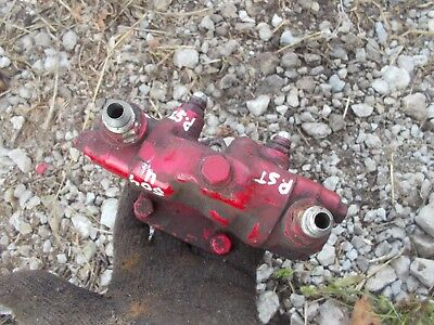 International 504 Utility Tractor Ihc Valve Unit Assembly To Power Assist