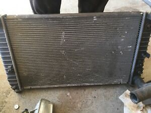 Sierra / silverado radiator 5.3 engine parts condenser