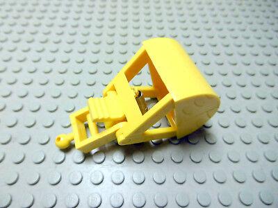 LEGO Road Sign Black Chevron Printed on Yellow 2x2 Clip On 1353 6600 6427 4990