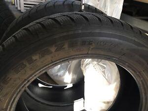 4 Pneus d'hiver 205 55 16 snow tires Sailun