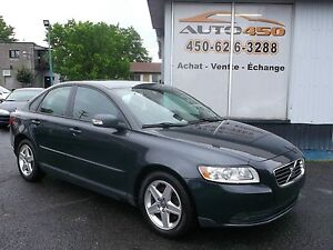 Volvo S40 2009 *** TOIT OUVRANT, A/C, MAGS ***