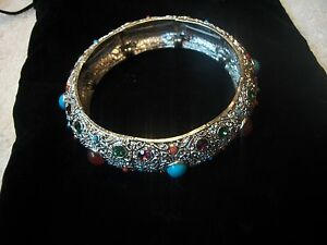 R-J-GRAZIANO-Bracelet-STUNNING-Stretch-Bangle-Faux-Turquoise-Amber-Cab-Stones