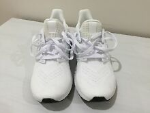 Adidas ultra boost white us8.5 eur42 Bruce Belconnen Area Preview