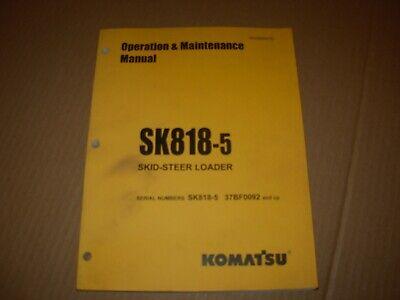 Komatsu Sk818-5 Skid Steer Loader Operation Maintenance Manual 37bf0092 - Up