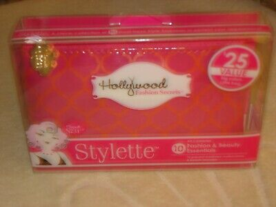 HOLLYWOOD FASHION SECRETS STYLETTE WITH 10 FASHION &  BEAUTY ESSENTIALS: NEW