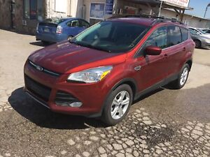 2016 Ford Escape SE|4WD|Back up camera|Sync touch|No accidents