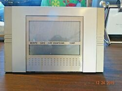 ELECTRONIC CLOCK & ALARM & COUNT UP OR DOWN CENTIGRADE OR FAHRENHEIT & SNOOZE